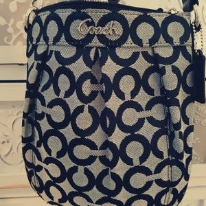 🖤Coach Op Art Parker Crossbody
